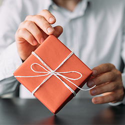 Clever Closing Gifts for Your Clients image